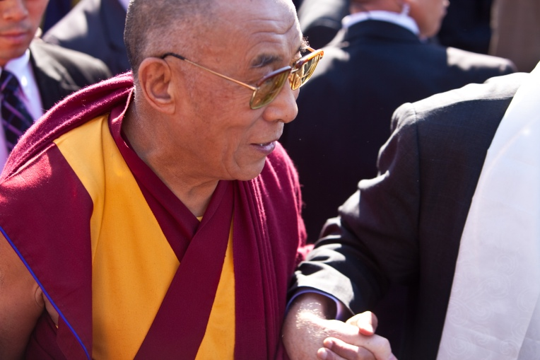 giving_hands-_the_dalai_lama_at_vancouver